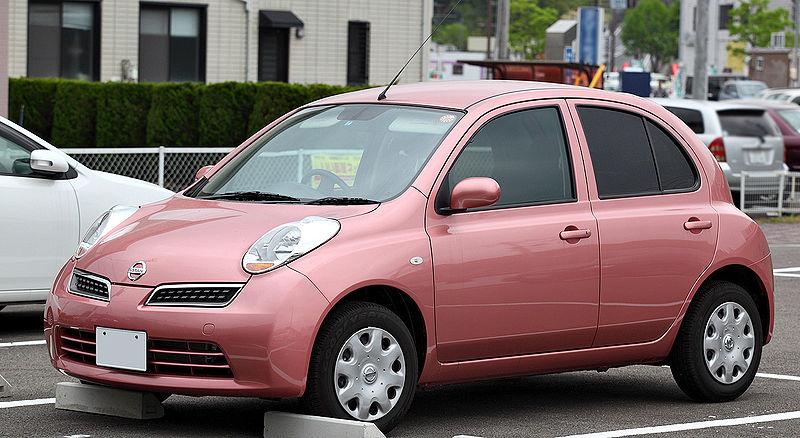 日産マーチのマニュアル車